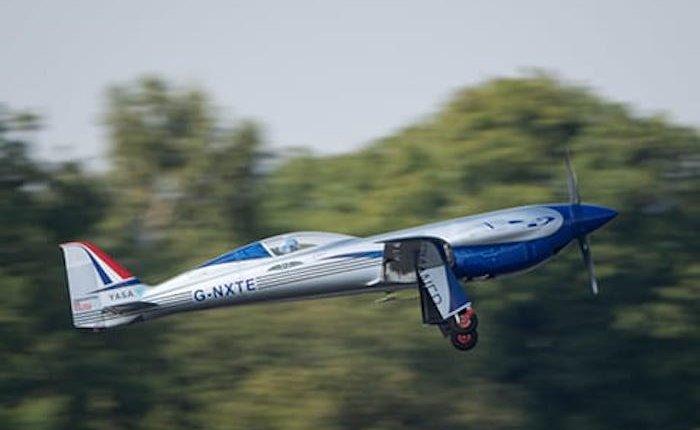 Rolls Royce elektrikli uçağını havalandırdı