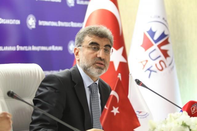 Yıldız: Kıbrıs'ta yeni bir kuyu için anlaşma imzaladık