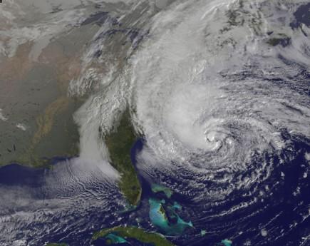 Sandy, benzin fiyatlarını düşürdü
