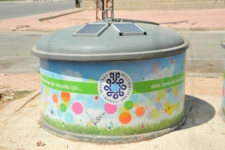 Konya`da akıllı çöp kutusu