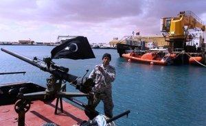 Libya petrol limanına sürat teknesinden roket saldırısı