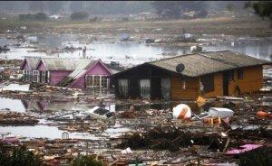 Şili depremi binlerce kişiyi elektriksiz bıraktı