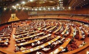 Pakistan Parlamentosu tüm enerjisini güneşten alıyor