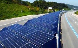 G.Kore'de güneş enerjili bisiklet yolu