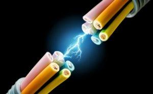 Yeraltı elektrik kablosunu kesen 3 kişi gözaltında
