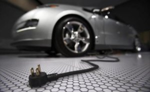 Almanya elektrikli otomobil hedefini ıskalayabilir