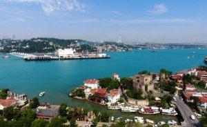 Türk Akımı gemisi İstanbul Boğazı'nı geçiyor