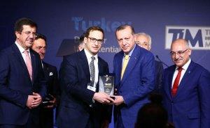 Erdoğan'dan TÜPRAŞ'a şampiyonluk plaketi