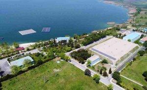 Türkiye'nin ilk yüzer GES'inin panelleri Bereket Enerji'den