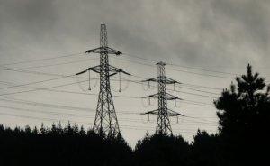 Göçmen: Elektrikte tarife maliyet dengesi bozuk