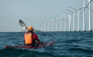 Danimarka'da 'rüzgar' petrol aleyhine esiyor