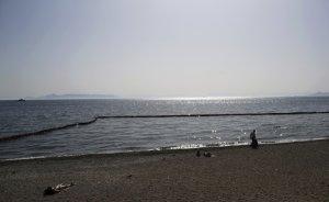 Yunanistan sahilleri petrolle kaplandı