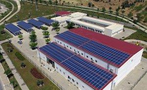 İzmir Ekrem Akurgal Yaşam Parkı'nın elektriği güneşten