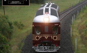 Dünyanın ilk tamamen güneş enerjili treni seferlere başladı