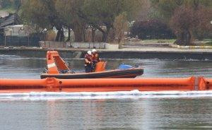 Urla Limanında petrol sızıntısı