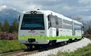 Avrupa'nın ilk LNG yakıtlı treni test seferlerine başladı