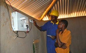 Elektriğe erişim yoksulluğu azaltmıyor