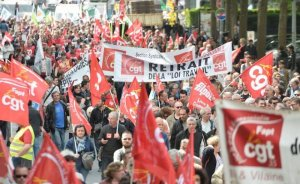 Fransa'da enerji çalışanları da greve katılacak