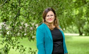 Nejla Arıca, İsveç'in Türkiye kökenli ilk Yeşil kadın milletvekili olmaya aday