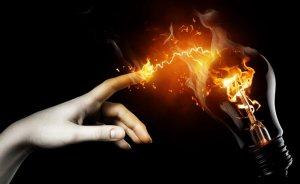 EMO: Elektrikte indirim yapılırken dağıtım bedeli arttırıldı