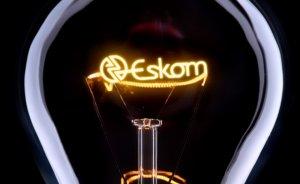 Güney Afrika elektrik şirketini kurtarmaya çalışıyor
