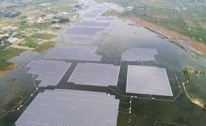 Dünyanın en büyük yüzer GES'i Çin'de şebekeye bağlandı