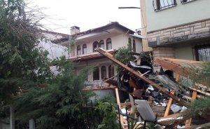 Kandıra'da fırtına ve yağış elektrik kesintilerine neden oldu