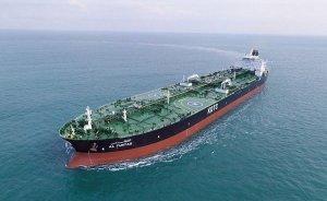 İki İran petrol tankerine roketli saldırı!