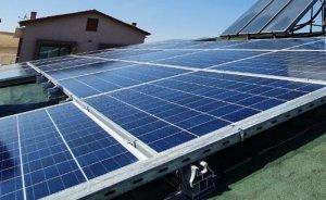 Mustafa Elitaş evinin çatısında elektrik üretmeye başladı