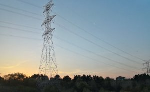 Elektrik işçileri Paris'in elektriğini kesti