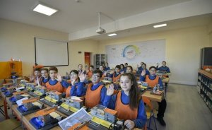 Tüpraş öğrencilere robotik kodlama ve modelleme sınıfları kurdu