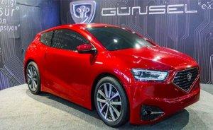 KKTC yerli elektrikli otomobili Günsel B9'u tanıttı