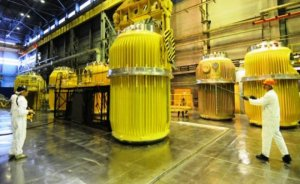 ABD Rusya ve Çin'den nükleer yakıt alımını engelleyebilir