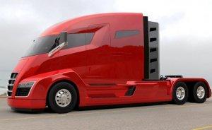 Tesla'nın elektrikli kamyonu yollara 2 yıl geç çıkacak