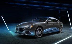 Maserati ilk elektrikli modeli Ghibli Hybrid'i tanıttı