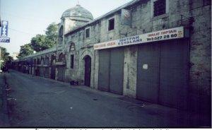 İçinden asfalt geçen cami - Mehmet ASLAN yazdı
