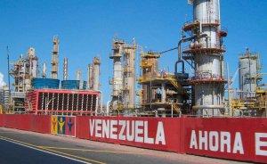 Venezuela ham petrol ihracatı serbest düşüşe geçti