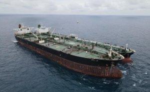 Endonezya İran ve Panama petrol tankerlerine el koydu
