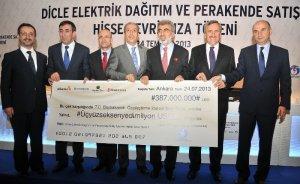 Tivnikli`den Dicle`de elektrik abonelerine 640 milyon TL`lik jest