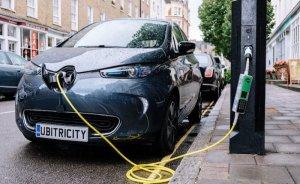 Shell, İngiltere'nin en büyük elektrikli araç şarj ağını satın alıyor