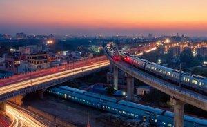 IEA: Hindistan temiz enerjiye 1,4 trilyon dolar yatırmalı