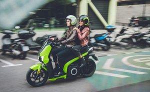 Güneşle de şarj edilebilen scooterlar Türkiye'de satışta