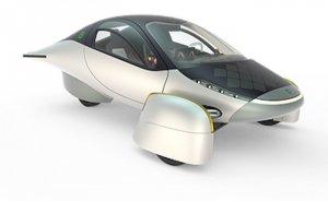Yüksek verimli üç tekerlekli güneş arabası geliştirildi