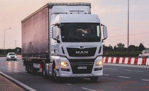 İngiltere 2040'ta fosil yakıtlı yeni kamyon satışını yasaklayacak