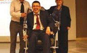 Güneşle çalışan tekerlekli sandalye!