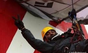 Gazprom`u protesto eden Greenpeace üyelerine hapis