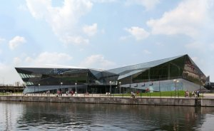 Siemens, ilk 'Crystal'i Londra'da açtı