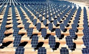 Fukuşima'da eski golf sahasına güneş enerjisi santrali